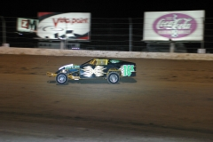 2005 03 11 NV The Dirt Track Modifieds-24.jpg